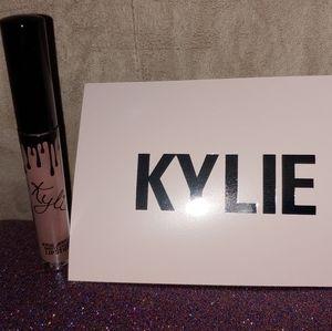 Kylie Cosmetics Moon Matte Liquid Lipstick
